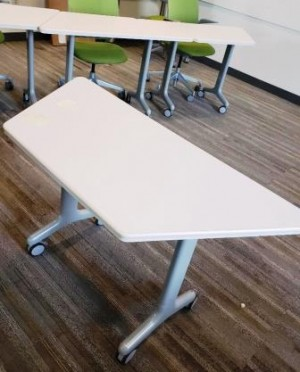 Floating Work Tables